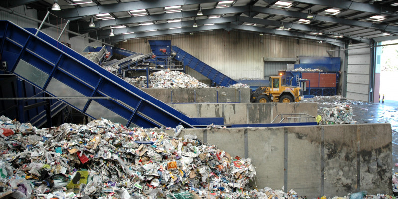 Abfall_Recyclinganlage_azthesmudger_Fotolia_10359498_Subscription_L.jpg